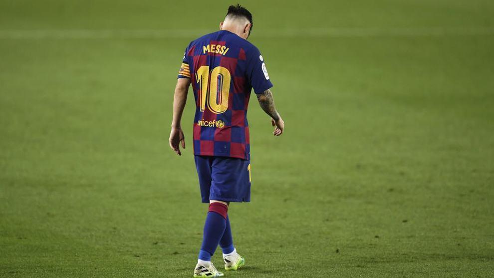 """""""Kẻ thách thức"""" Bartomeu nói gì trước tin đồn Messi muốn ra đi?"""