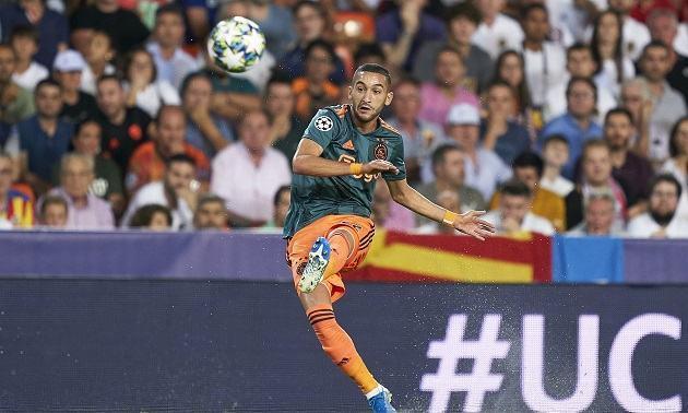Hakim Ziyech nhận danh hiệu Bàn thắng đẹp nhất mùa của Ajax