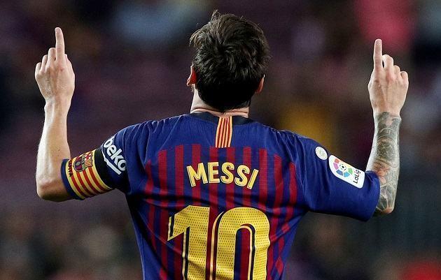 """Cựu sao Barca: """"Messi có thể chơi bóng đến năm 40 tuổi"""""""