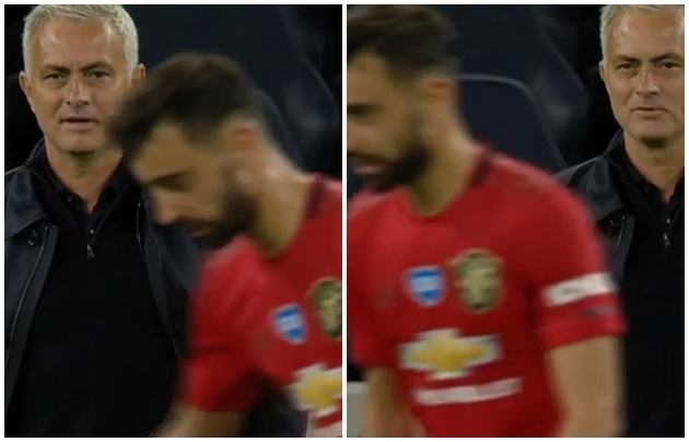 Vừa làm 1 điều với Bruno Fernandes, Mourinho lập tức mỉm cười