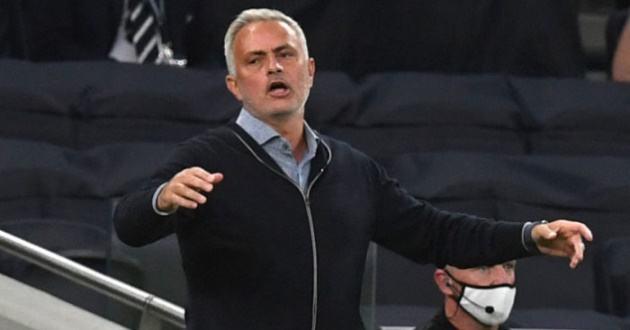 """Mourinho: """"Thật sự không công bằng với West Ham"""""""