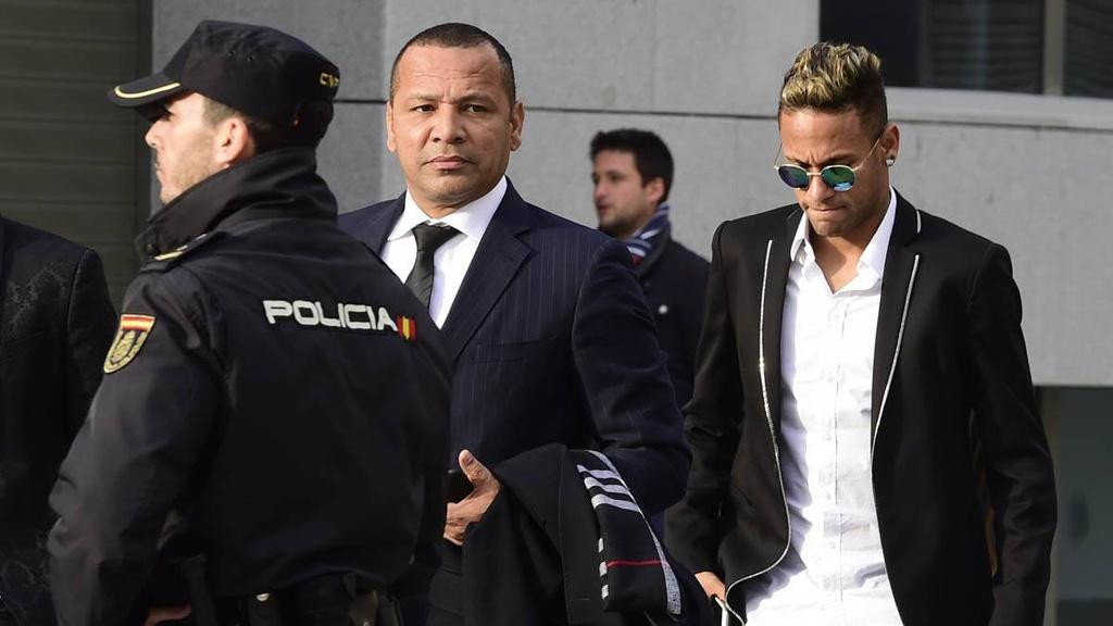 Neymar trả giá vì sự tham lam