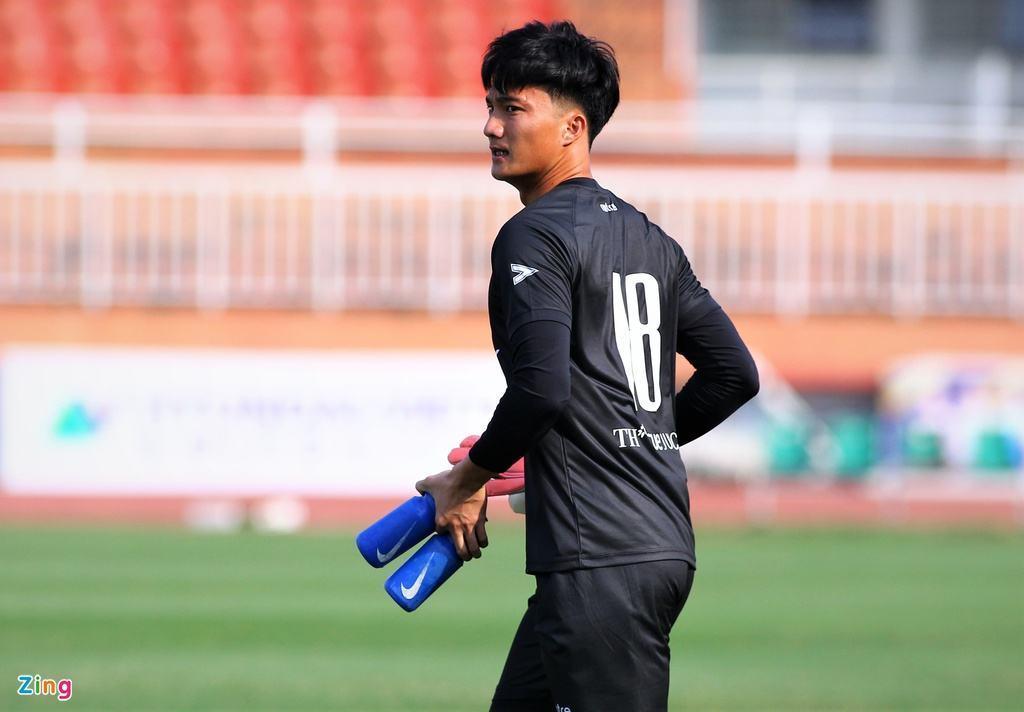 Hai thủ môn đội tuyển để thủng lưới 11 bàn ở V-League