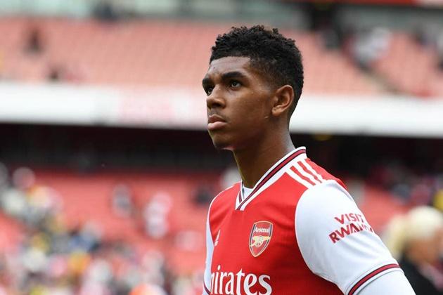 'Tôi sẽ nỗ lực để trở thành một Bukayo Saka thứ 2 ở Arsenal'