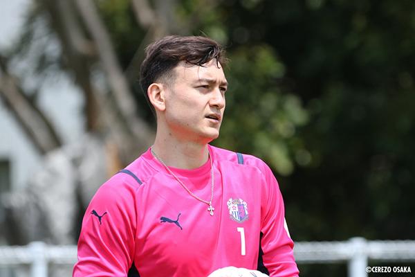 Đặng Văn Lâm chỉ ra trở ngại lớn nhất khi sang Nhật thi đấu