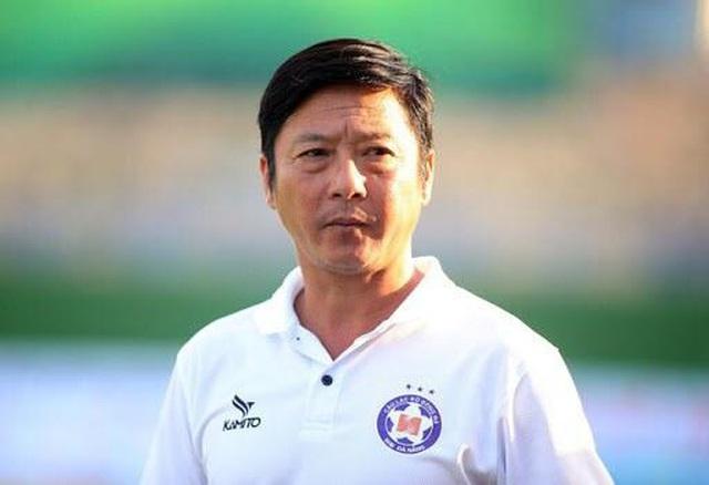 """HLV Lê Huỳnh Đức: """"Nếu HLV không quan trọng thì cầu thủ tự làm đi"""""""