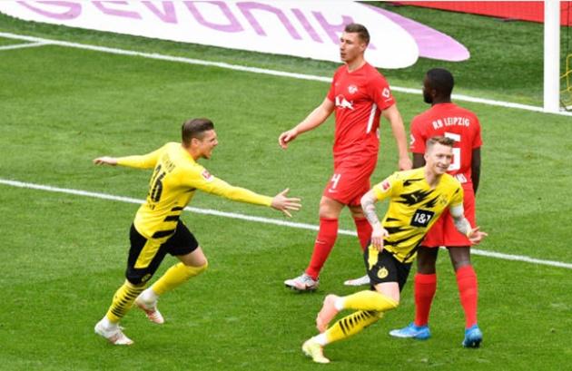 Cứu tinh Sancho tỏa sáng, Dormund níu giữ giấc mơ Champions League