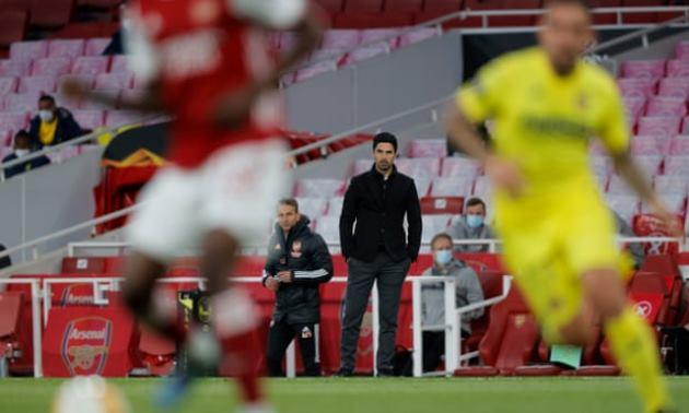 Arsenal bệ rạc, Mikel Arteta cầu cứu nhà Kroenke