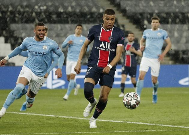 Pochettino báo tin quan trọng về Mbappe, Man City hãy coi chừng