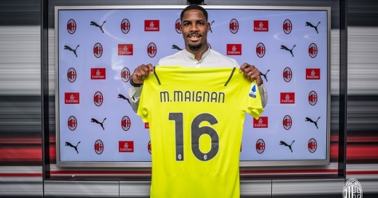 CHÍNH THỨC: AC Milan mua thủ môn xuất sắc nhất nước Pháp