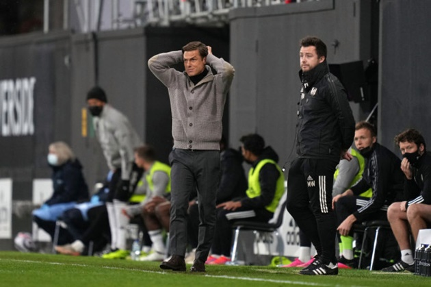 Thua 2 bàn trắng, vé xuống hạng Premier League thứ 3 đã có chủ