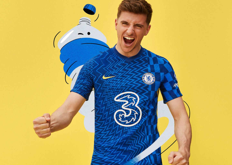 Chelsea tung áo đấu mới với họa tiết đầy biến ảo