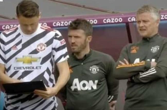 Lộ hình ảnh gây choáng, Solskjaer để cầu thủ Man Utd 'tự đá' là có thật?