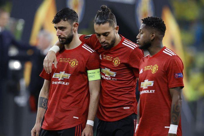 Nhìn Klopp, Man Utd đã biết phải làm gì với Solskjaer