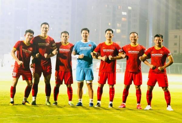 Thầy Park chốt danh sách; Các tuyển thủ Việt Nam tự tin