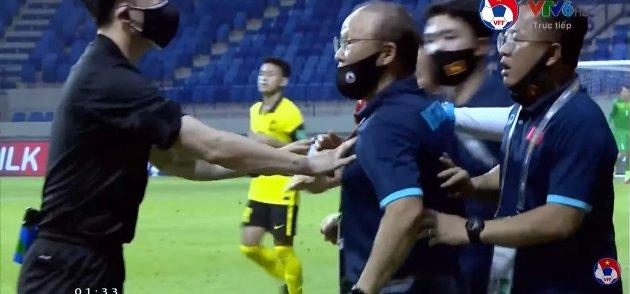 Đội tuyển Việt Nam nhận tổn thất cực lớn sau trận thắng Malaysia