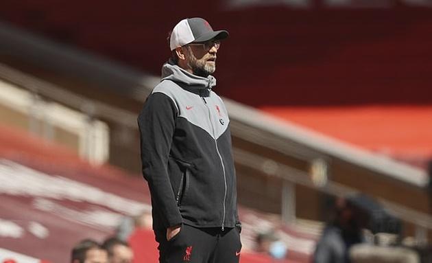 Vá kỹ hàng thủ, Liverpool vẫn có nguy cơ lặp lại mùa giải ác mộng
