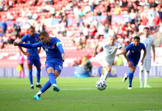 """Sao Liverpool bị xem là """"rủi ro"""" của tuyển Anh ở EURO 2020"""