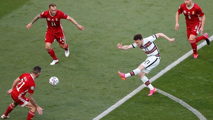 Kết quả Hungary vs Bồ Đào Nha: Ronaldo tỏa sáng ở những phút cuối