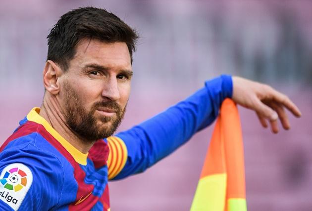 Chủ tịch Laporta lên tiếng, ngày nào Aguero cũng nói với Messi 1 câu
