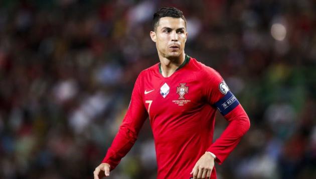 Ẩn ý của Ronaldo và cánh cửa về Man Utd có lời giải đáp?