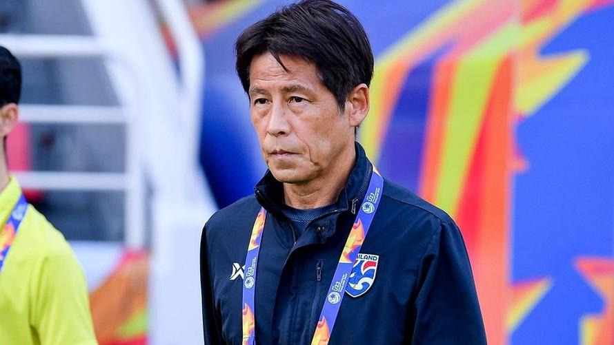 Bị Thái Lan sa thải, HLV Nishino nhận bồi thường... 11 tỷ đồng