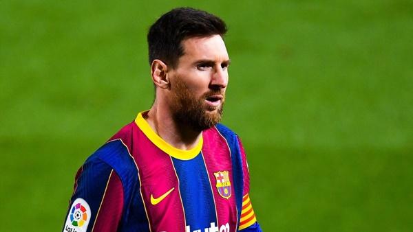 Tại sao Messi vẫn chưa gia hạn với Barca?