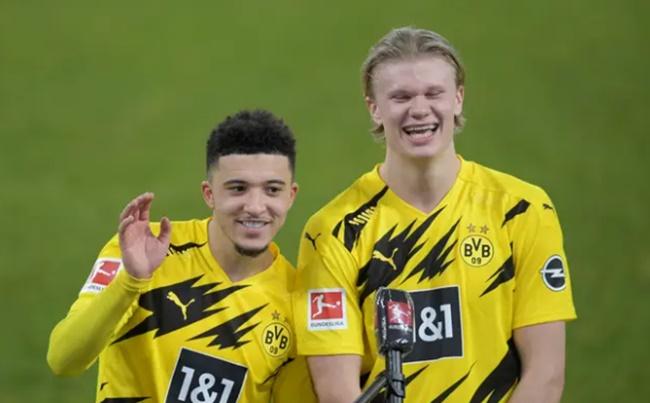 Haaland phản ứng về việc Sancho rời Dortmund, đến Man Utd