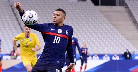 Micah Richards nói về mục tiêu Liverpool: 'Đi bóng như Thierry Henry'