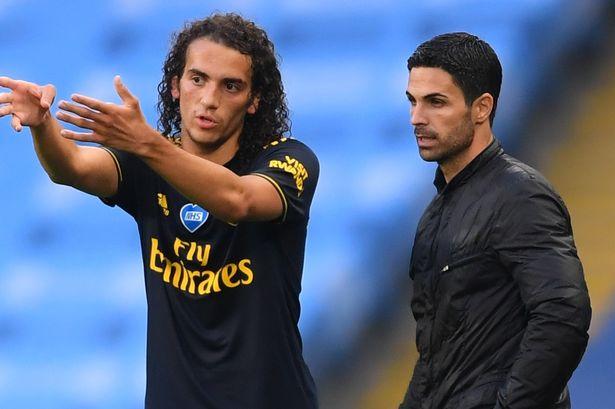 Thấy gì từ quyết tâm theo đuổi Renato Sanches của Mikel Arteta?