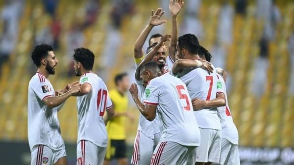 Báo Hàn tin ĐT Việt Nam sẽ giành vé đi tiếp, UAE mơ soán ngôi