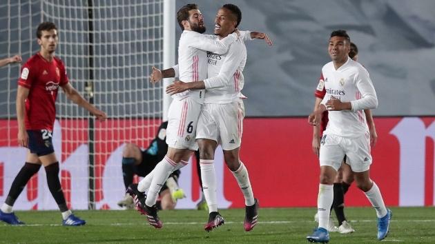 Để Ramos ra đi, Real đã tìm được chủ nhân mới nơi phòng tuyến