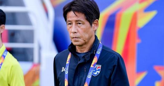 HLV Akira Nishino bỏ về nước, LĐBĐ Thái mất liên lạc