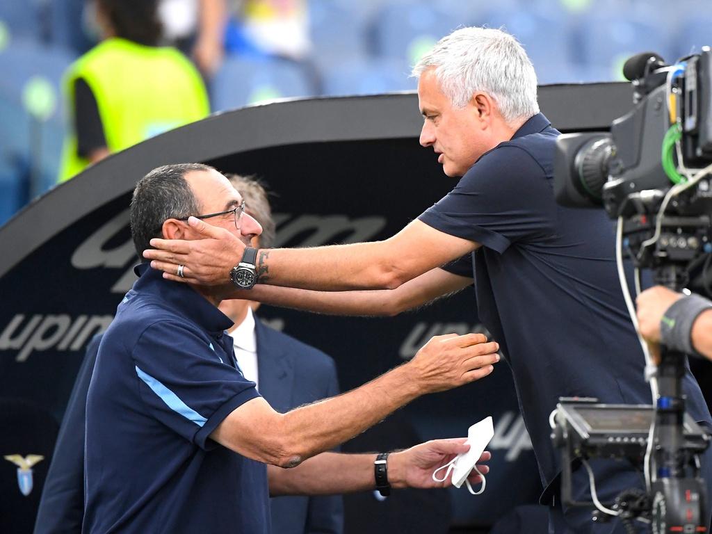 Người cũ ghi bàn, Jose Mourinho lần đầu ôm hận trước Sarri