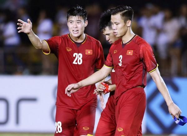 Mất 2 trụ cột, thầy Park chọn ai cho hàng thủ ĐT Việt Nam trận Saudi Arabia?