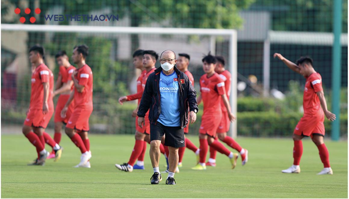 HLV Park Hang Seo bất ngờ cho tuyển Việt Nam tập trung gần 1 tháng